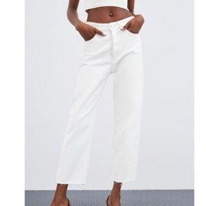 ZARA White High Rise Cropped Jean